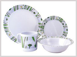 melamine crockery - plastic crockery - dinner set - soup set - home crockery plates - bowls - spoons - gift crockery manufacturers india punjab ludhiana